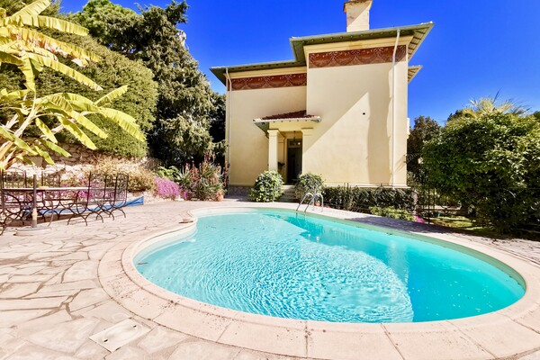 Villa with swimming pool and splendid sea view - Cap d'Ail