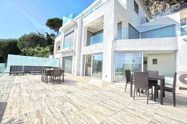Cap d'Ail - Luxueux 3 pièces avec large terrasse vue mer panoramique
