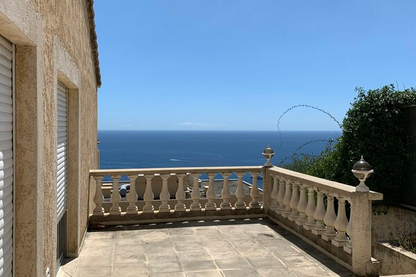 Roquebrune-Cap-Martin - Twinned Villa