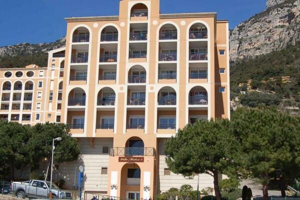 Bel appartement familiale  avec vue panoramique mer et Monaco !