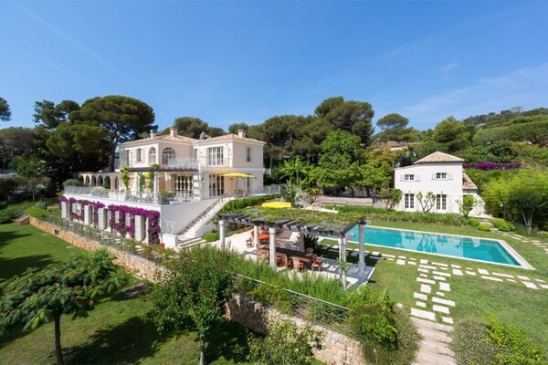 Saint Jean Cap Ferrat - Renovated family house