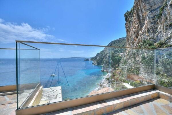 SIGNIFICANT PRICE DROP  - Cap-D'ail - Sea Front Property