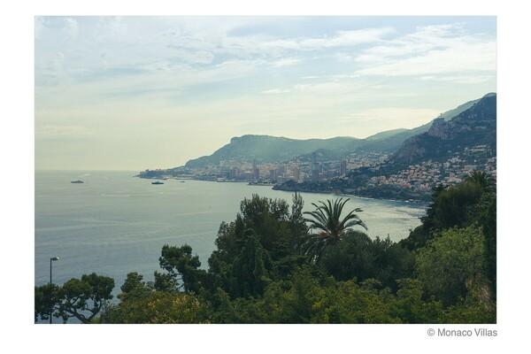 Classic Villa near Cap-Martin with breathtaking views of Monaco