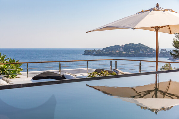 xX Luxury Villa with exceptional views in Cap Ferrat Xx