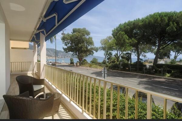 Magnifique appartement, à, deux pas de la plage