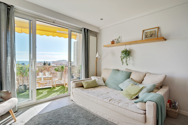 Superb two bedroom apartment, in the centre of Beaulieu-sur-Mer