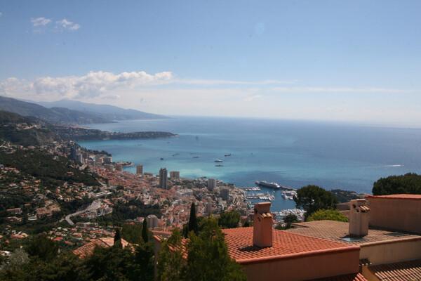 La Turbie - For sale, villa very close to Monaco, with panoramic sea view