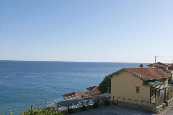 Roquebrune Cap Martin - For rental, one bedroom apartment with panoramic sea view, close to Monaco