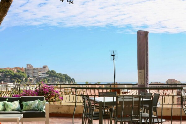 Charming villa on the outskirts of Monaco