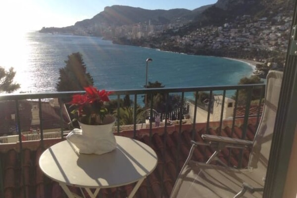 DUPLEX HOUSE IN ROQUEBRUNE WITH BREATHTAKING VIEWS OF MONACO