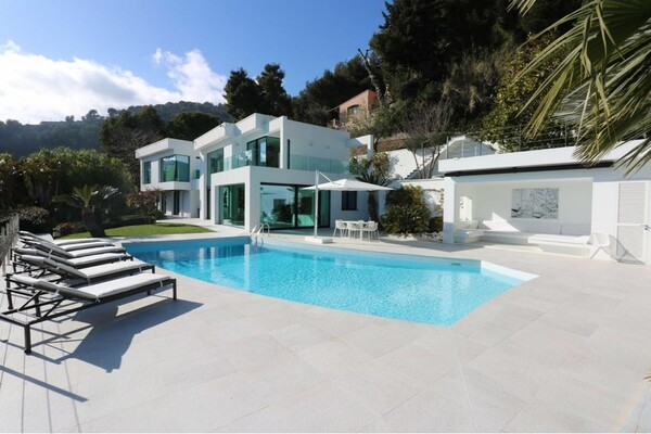 Villa / to rent