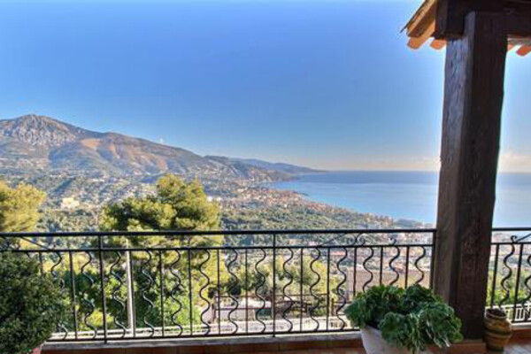 Roquebrune Cap Martin - Beautiful family villa