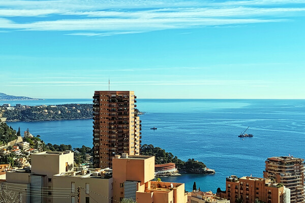 BEAUSOLIEL - 2 Bedroom apartment with a magnificent sea view