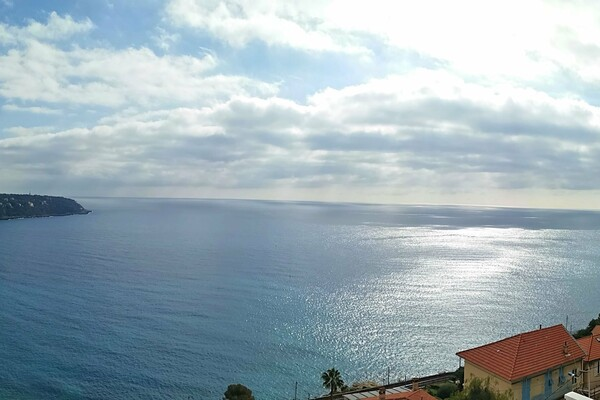 Roquebrune Cap Martin - 4-Bdrm Duplex with sea view