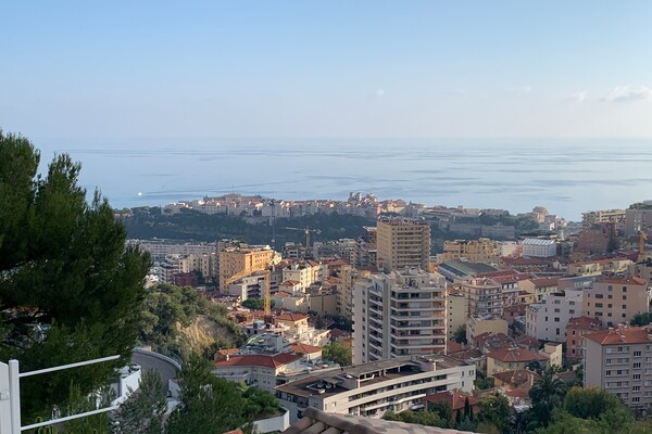 BEAUSOLEIL - 2 Bedroom Duplex with Monaco and sea view