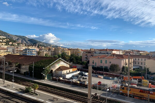 MENTON BORRIGO-BAS: STUDIO ON A HIGH FLOOR
