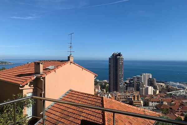 BEAUSOLEIL - 2 / 3 bedroom duplex  with panoramic sea view