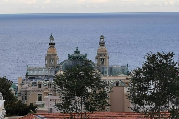 Monaco border - 2 bedrooms apartment - sea view