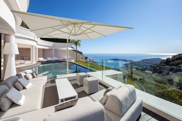 Villefranche-Sur-Mer - Luxurious modern property with panoramic view