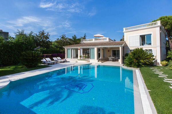 Saint Jean-Cap-Ferrat luxury villa