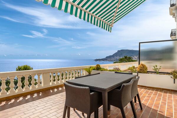 Roquebrune-Cap-Martin - Magnifique appartement bourgeois avec une vue panoramique