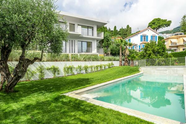 Roquebrune-Cap-Martin - New modern villa with sea view