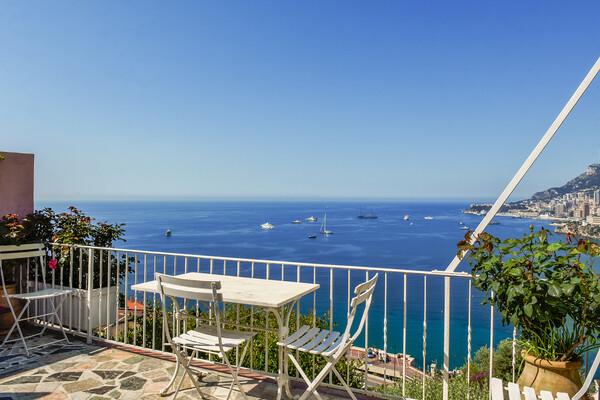 Roquebrune-Cap-Martin - Charming villa with a fantastic sea view