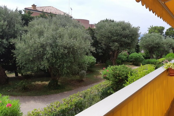 Roquebrune-Cap-Martin - Renovated apartment in prestigious residence