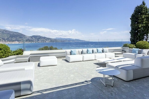 Roquebrune Cap Martin - Superb Villa with sea view terrace and Italian Riviera