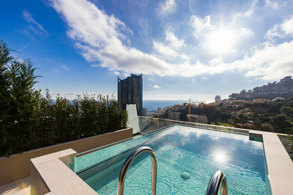 Beausoleil - Triplex 4-room with private pool on the roof terrace