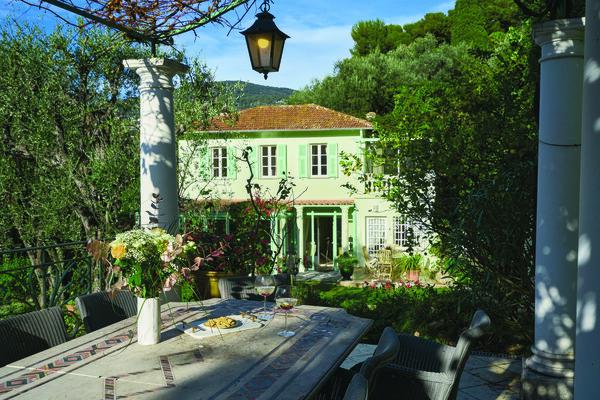 charming villa provencal style at cap ferrat