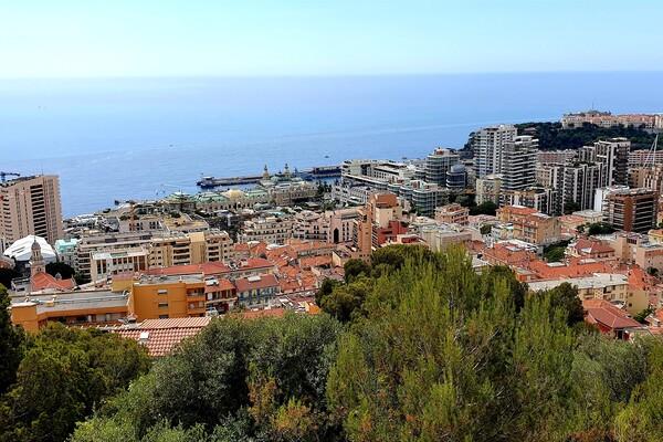 new villa next to Monte Carlo