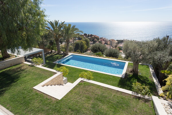 MODERN VILLA IN CAP D'AIL EXCEPTIONAL SEA VIEW