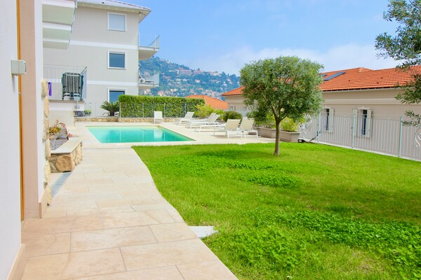 Magnificent 3 Rooms in Roquebrune Cap Martin on Pointe Cabbé